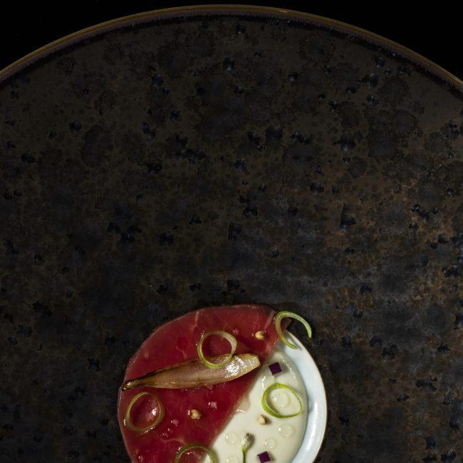 Carpaccio de bœuf, oignon paille