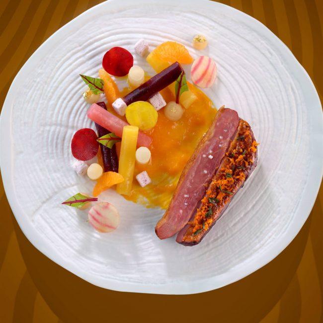 Suprême de canette des Dombes, betteraves colorées et marmelade de clémentines