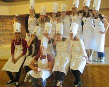 Saône-et-Loire : pour la «Semaine européenne de la Jeunesse», ça s'active en cuisine !